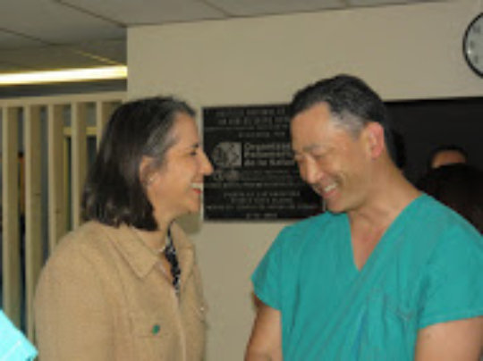 First Lady Greets Dr. Chai