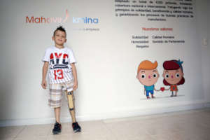 With the prosthesis, he started his school years.