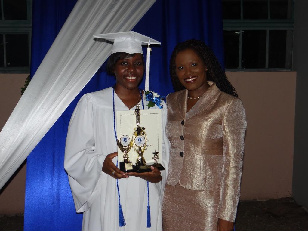 2015-CEF CEO Nikiki Bogle with Sarah at graduation