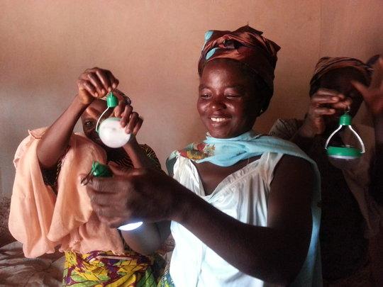 Fuseina Abukari with her solar light in Diare