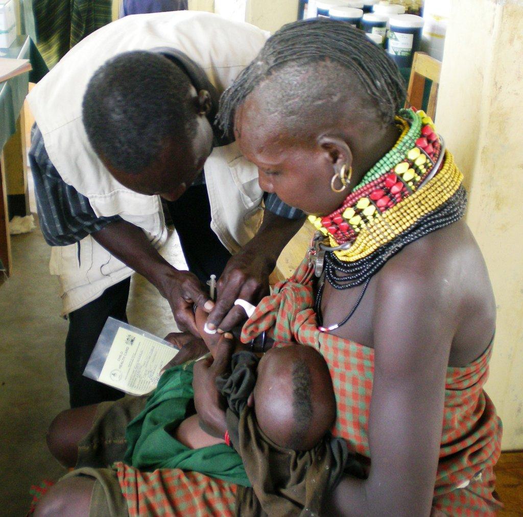 A health and nutrition session, Turkana