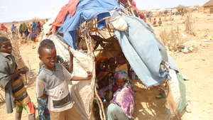 A Somali family on the Ethiopian border
