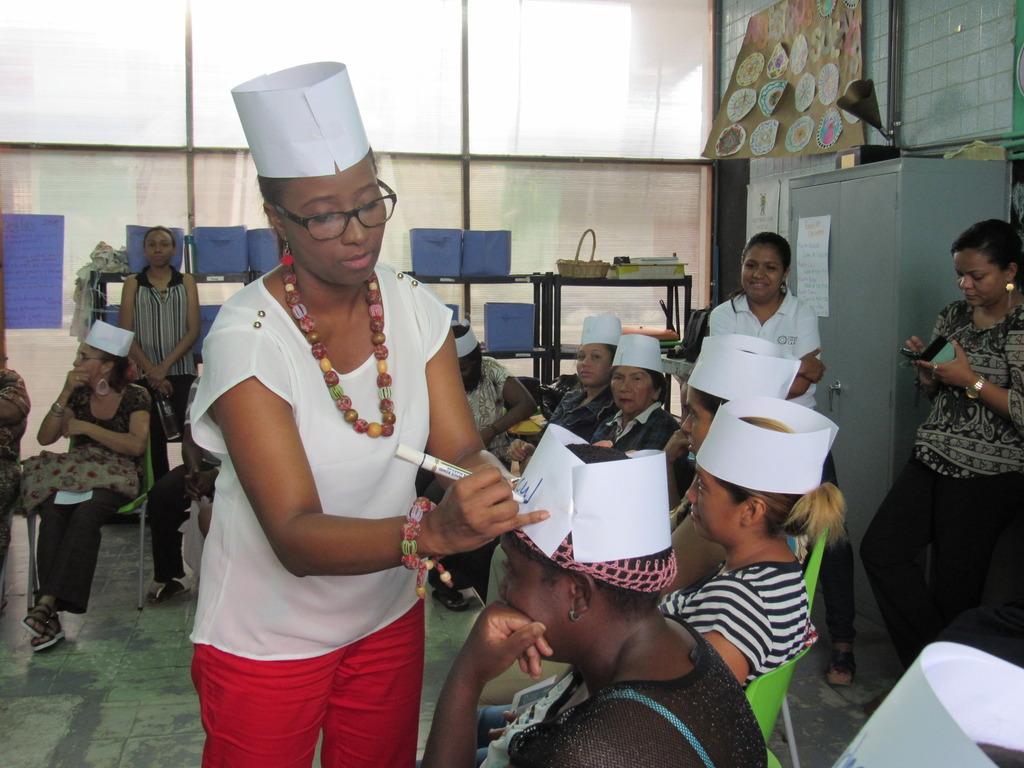 Workshop Leader Helps Parents with Activity