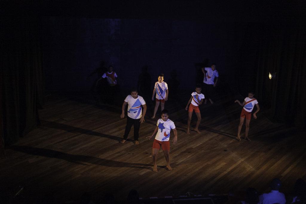 Beginners group performing