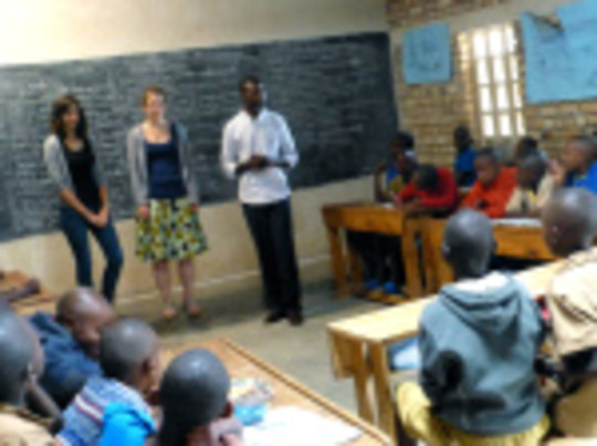 teaching session with volunteers