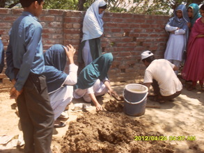 Students took part in FES cookinmg stove