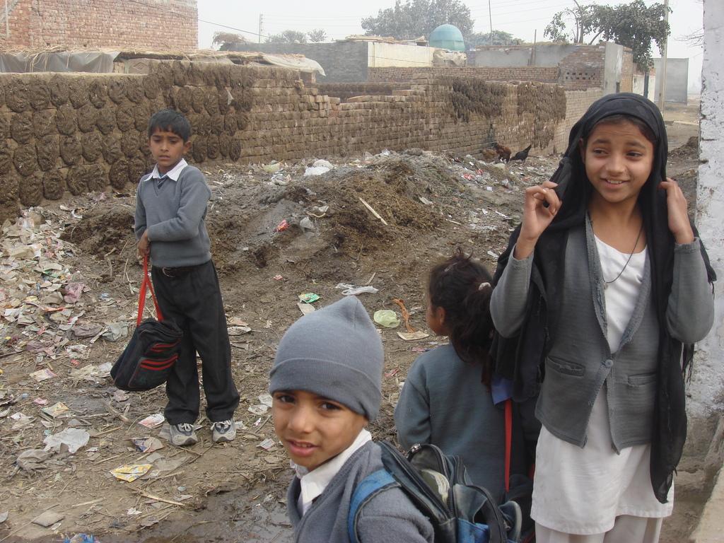 Girls going school throguh Girl Effect Project