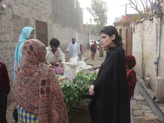 Miss. Shumaila during visit in Slum area Lahore