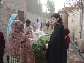 Miss. Shumaila during visit in Slum area Lahore