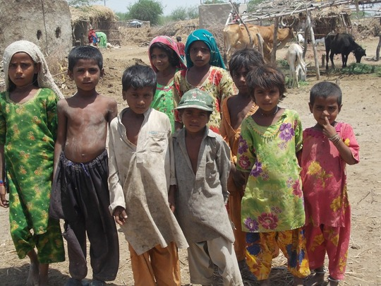 Children living in a Chettan Kolhi village