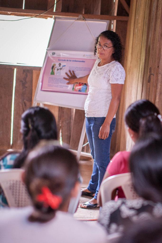 Juana, a brigadista, teaches about safe pregnancy