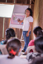Juana, a brigadista, teaches about safe pregnancy