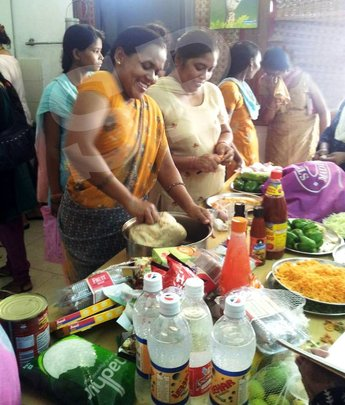 Cookery workshop with the caregivers