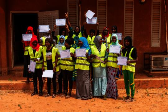 FEMALE CONSTRUCTION TRAINEES (photo: Grant Smith)