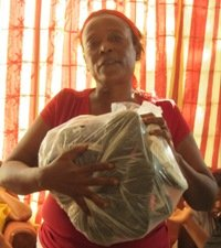 KOFAVIV member with completed shoe packet