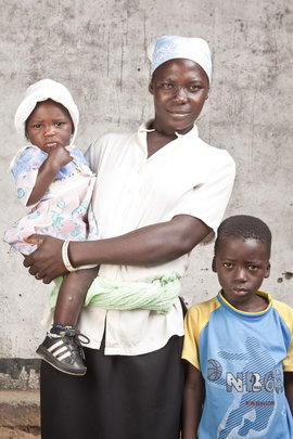 Mother with children in Zambia