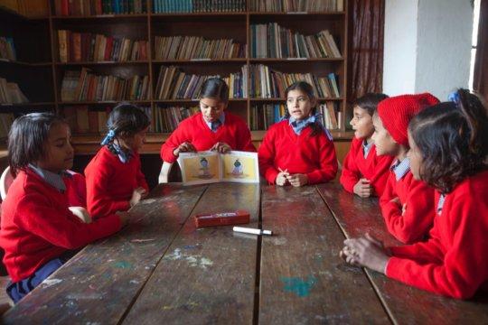 Girls teaching
