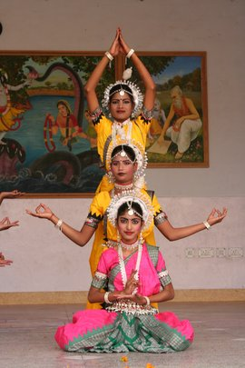 Odissi Dancers On Stage
