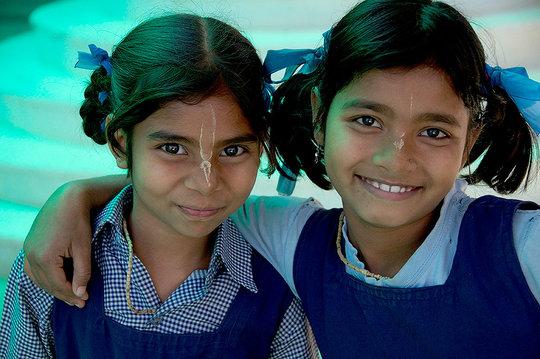 Piya(right)