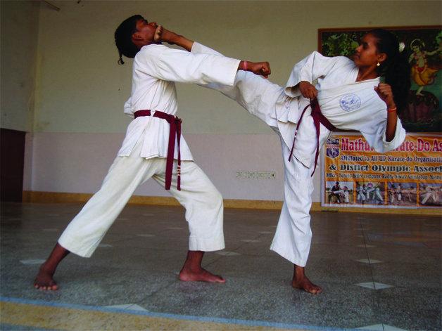Pushpa learning karate