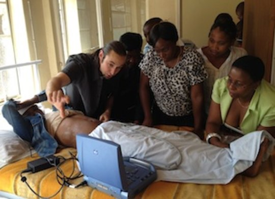Dr. Daniel Mantuani trains nurses at Mamohau Hosp.