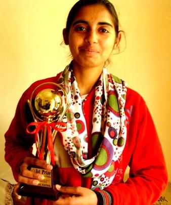 Aditi Walia--with her winning trophy