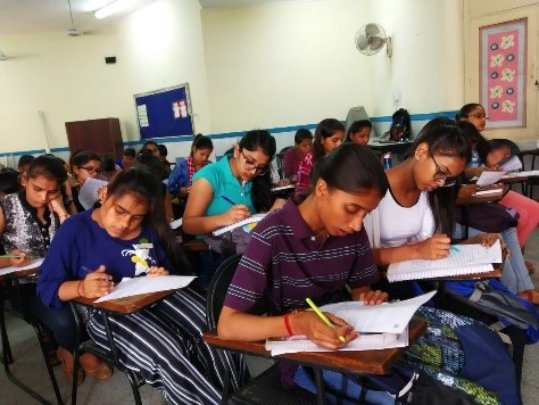 English Comprehensive Test conducted (April)