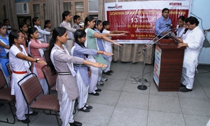Shalini's taking pledge
