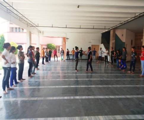 Session on Self Defense by Manshi