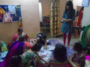 Kavita interacting with women