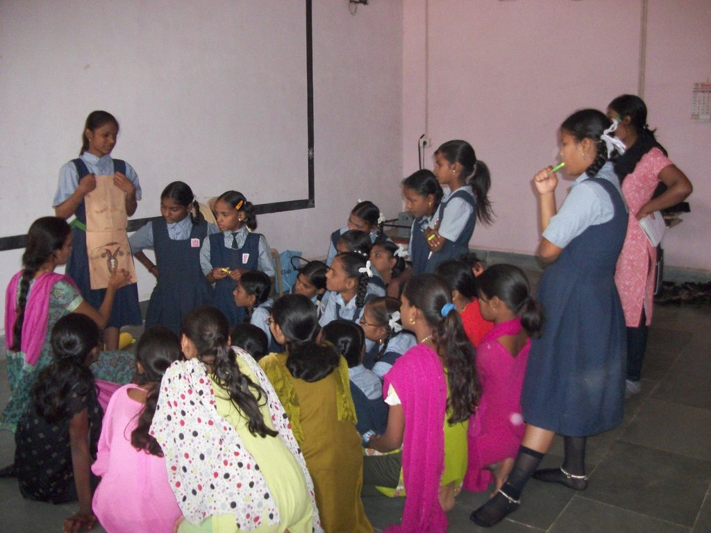 Life skills training of 300 girls in Mumbai slums