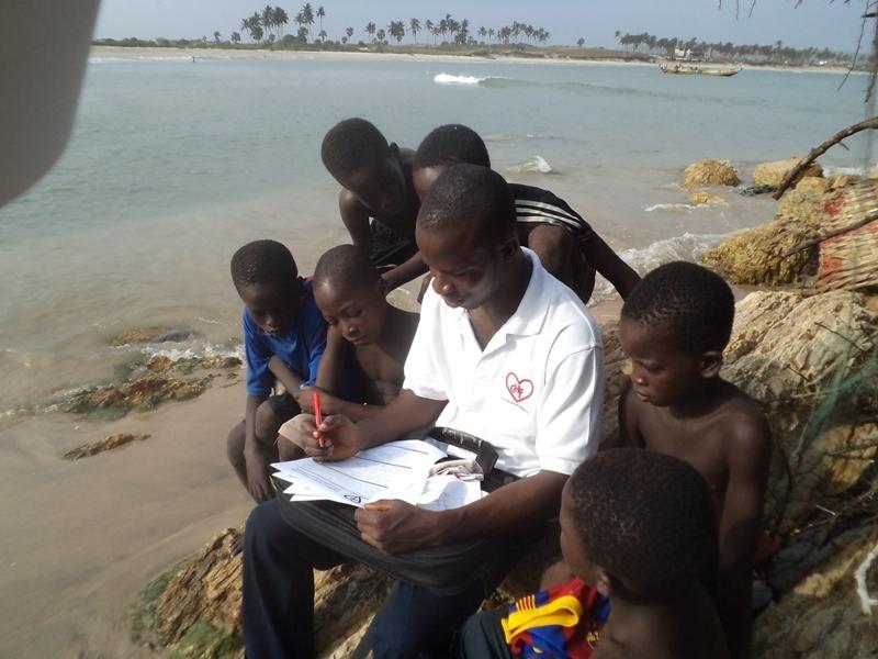 Interviewing child labour victims