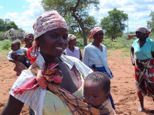 Lurdes, a mother in Cuarenta village, Mozambique