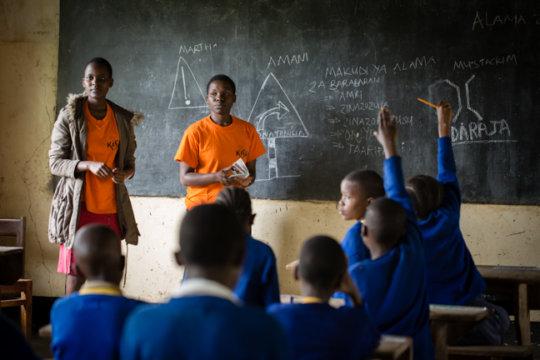 Kisa Scholars Teach Road Safety