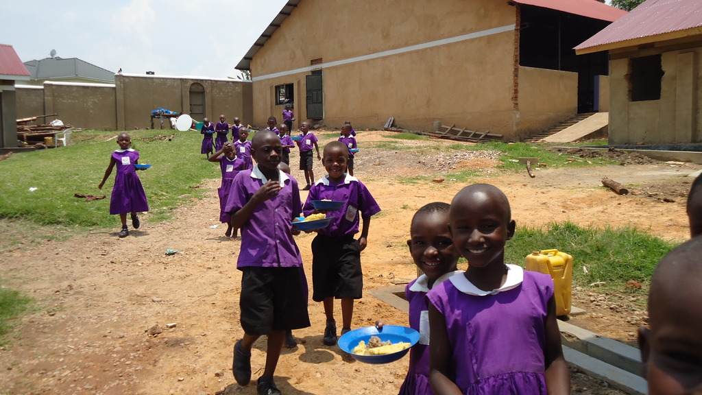 Students at Nyaka Primary School during lunch