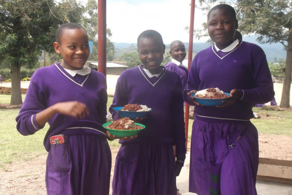 Nyaka students enjoying lunch