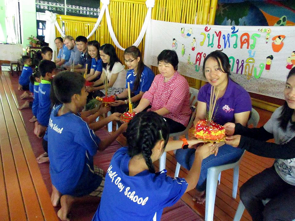 Annual Wai Khru Ceremony at HDS
