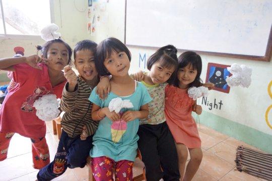 HDS Kindergarten during Art class