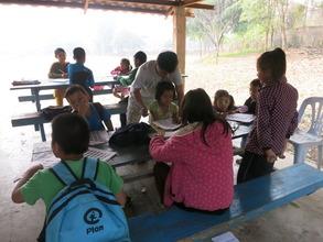 Children practice Thai language in the morning