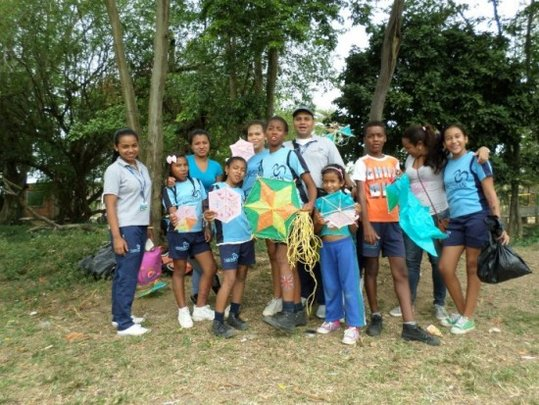 Contribute to build a peace culture in Colombia
