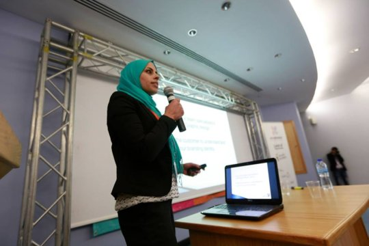 Sahar pitching her business at An-Najah University