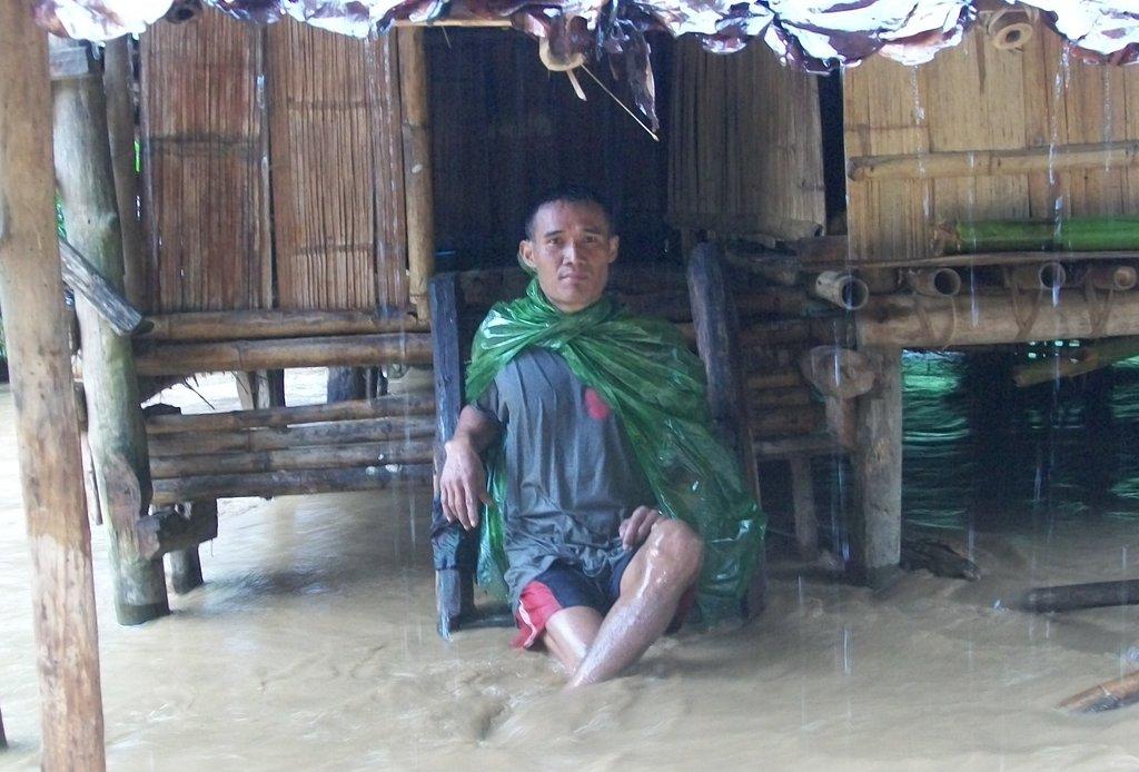 Rebuild Flooded Burma Refugee Camp Recovery Centre
