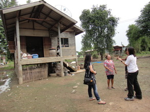 Meeting with a family affected by the floods