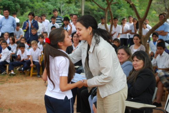 Recognition to the support of Global Infancia