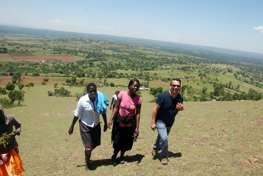 Philippe, Sarah & some of the girls at Mt. Pirrar