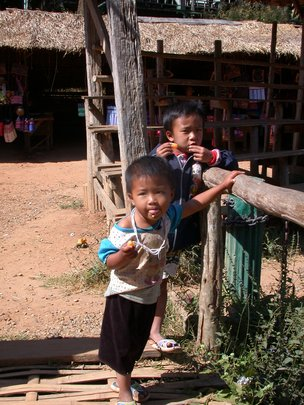 Help us bring our Thai artisans to safety!