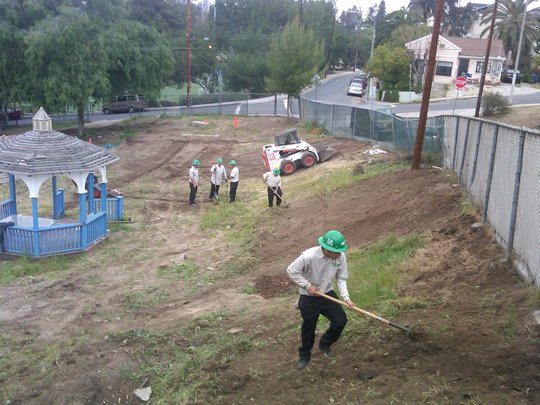 Corpsmembers clear out weeds