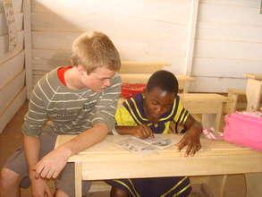 Max,assist kid to read