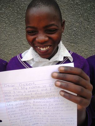 In Uganda - Penpals receive their letters