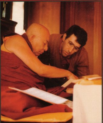 Serkong Rinpoche explaining a difficult point